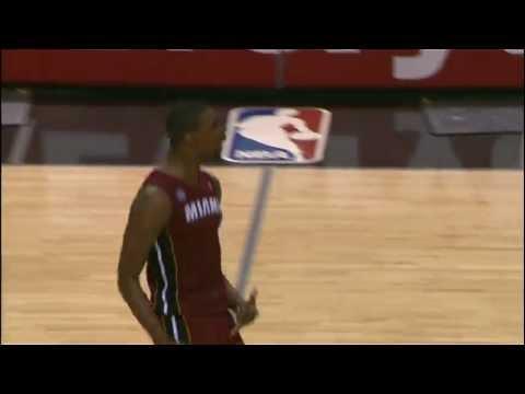 Chris Bosh Sinks the Game-Winner in San Antonio