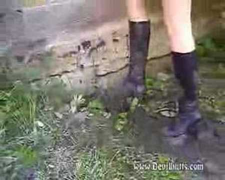 buffalo boots in mud