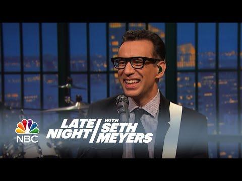 Fred Talks: W.C. Fields Seance - Late Night with Seth Meyers