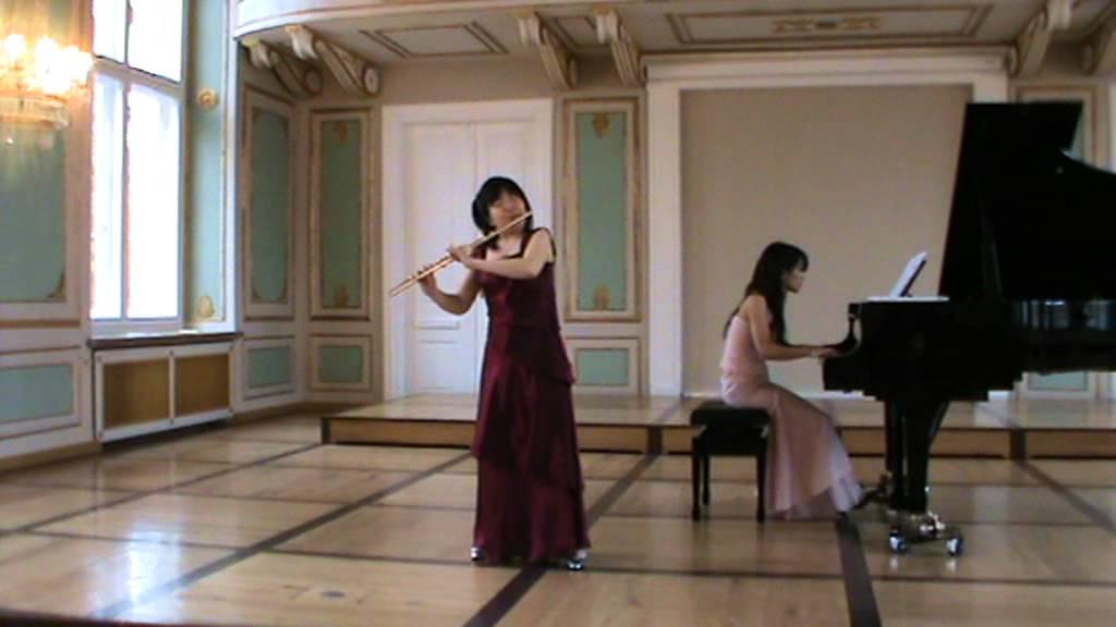 Widor Suite Flute Atsuko Koga Piano Mayuko Miyata - YouTube