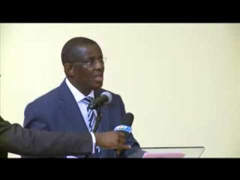 Alassane Ouattara rencontre la communauté ivoirienne au Gabon