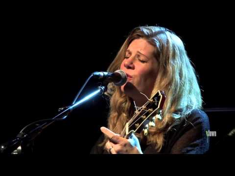 Dar Williams - The Light And The Sea