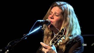 Watch Dar Williams The Light And The Sea video