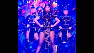 Nicki Minaj 39 S Snl Performance Being Slammed For 39 Cultural Appropriation 39
