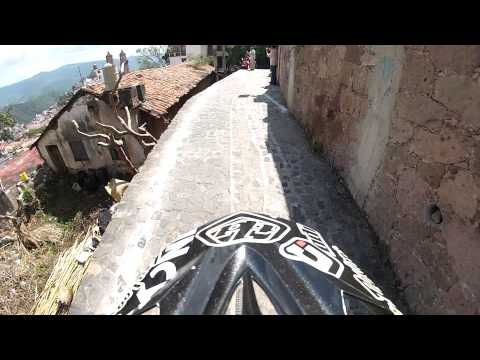 Incycle DH - Jon Buckell's Race Run GoPro Video of the 2013 Taxco Downhill Urban