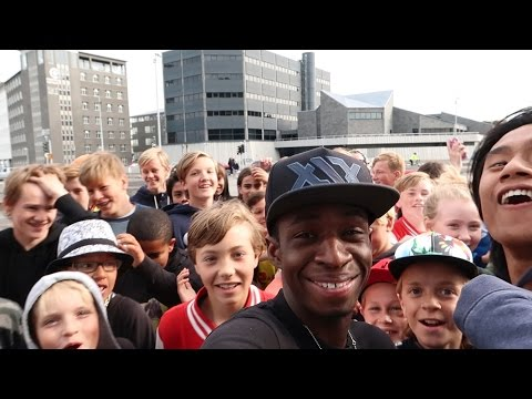 MEETING FANS IN ICELAND!!!   *VIDEO CONTAINS FLASHING IMAGES*