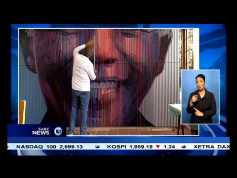 A Johannesburg artist is painting the largest ever portrait of Nelson Mandela