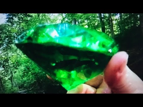 Deep In Heart Of Emerald Forest >> Real Emerald Gemstone Finally Found Huge Discovery On Fun House