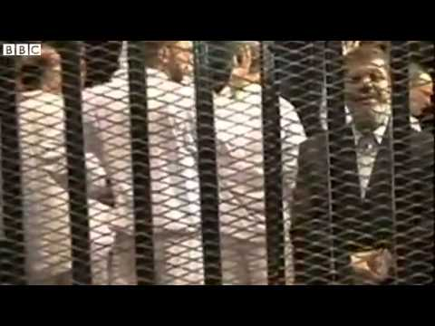 Egyptian TV shows footage of Mohammed Morsi in court