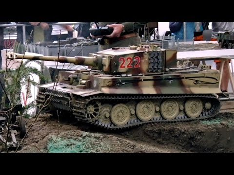 RC TANKS IN ACTION XXL RC TANK PANZER TIGER SCALE 1:5 GERMAN TANK / Intermodellbau Dortmund 2015