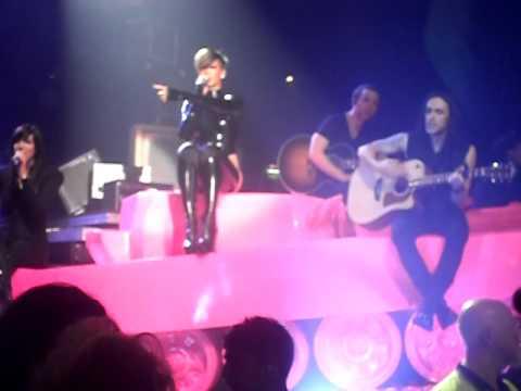 Rihanna Concert At Glasgow Secc - Tina Rankine Vid :) xxx thumbnail