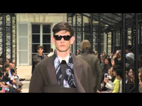 Fashion Show - CERRUTI 1881 Paris // SS 2014