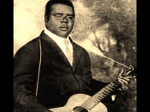 Blind Lemon Jefferson - He Arose From The Dead