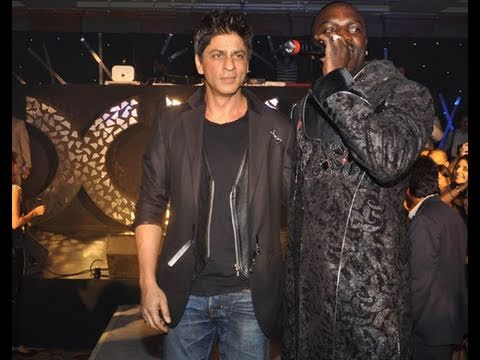 Srk's Reaction To Ra.one's Chhamak Chhalo By Akon Being Leaked video