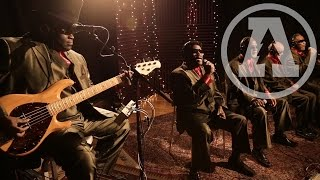 Watch Blind Boys Of Alabama Spirit In The Sky video