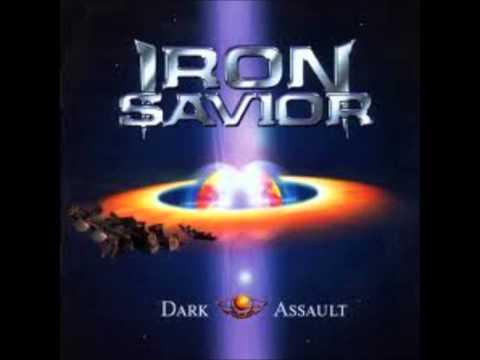 Iron Savior - Predators