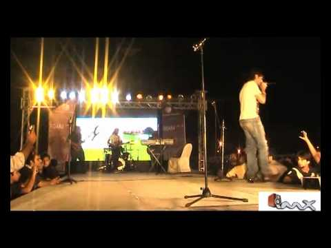 Mustafa Zahid Roxen Performing Dhan Tana video