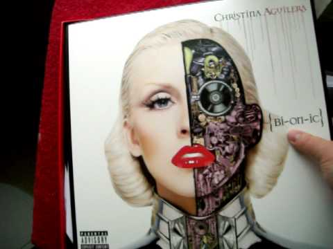 Christina Aguilera UNVIELING bionic  FAN BOX SET  deluxe