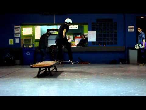 Micky Papa - Switch Tailslide 270 Heel