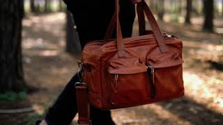 The 'little weekender' camera bag Trailer
