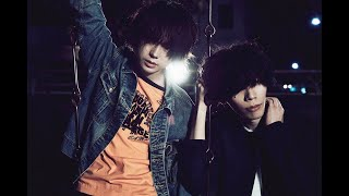 Download lagu 米津玄師  MV「 灰色と青( +菅田将暉 )」