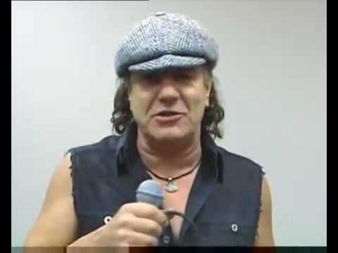 Brian Johnson from AC DC conrgatulates Scorpions For ECHO Lifetime Achievement Award