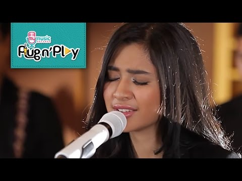 download lagu Yellow - Coldplay Cover - Mikha Tambayong - My Plug N` Play gratis