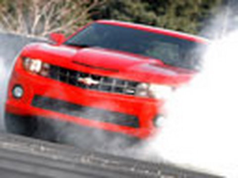 Chevy Camaro SS Rips It Up wi
