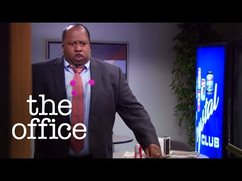 Dwight Tranquilizes Stanley // The Office US
