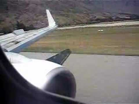 Queenstown Airport Qantas Approach