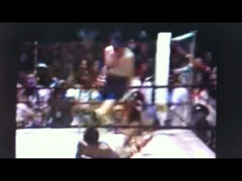 Dicky Eklund Ward Knocks Down Sugar Ray Leonard The Fighter Real !!! video
