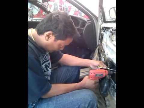 เอกสายไหม23รับซ่อมประตูรถยนต์ กระจกไฟฟ้า ราคาประหยัด 0822223734