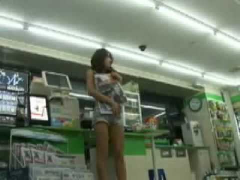 Sexy Korean Girl in Supermarket dancing SNSD - Gee Dance Cover