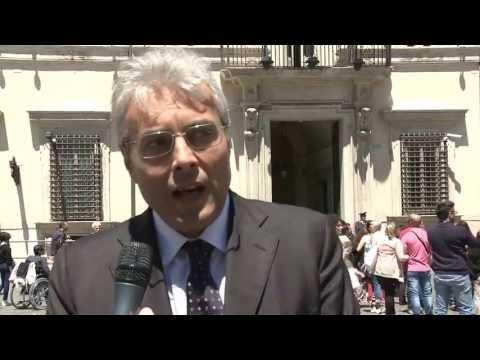 """RICOSTRUZIONE: CHIODI A LETTA, """"L'AQUILA QUESTIONE NAZIONALE"""""""