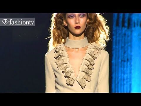 Models - Alana Zimmer + Carola Remer - Fall 2011 | FashionTV - FTV