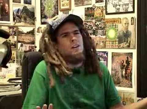 "Chris Dyer on ""Island Street Chaud"" Web TV show"