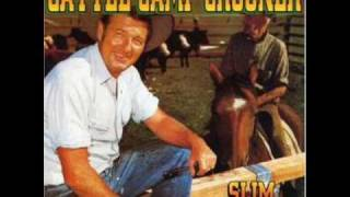 Watch Slim Dusty Cattle Camp Crooner video