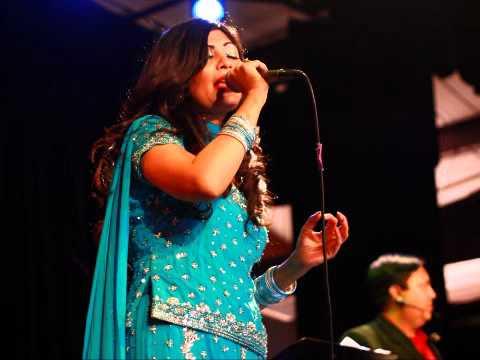 Dr. Adeeba Akhtar Sings Ankhiyon Ko Rehne De  (Lata Mangeshkar...