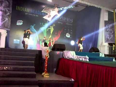 Mohani Lagla Hai Nepali Dance By Nursing Girls Iacon. video