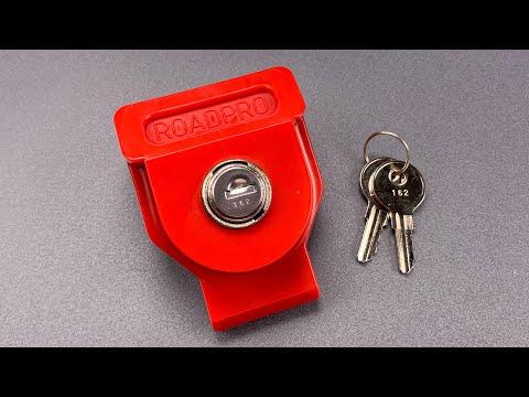 "[985] Jiggled Open: Road Pro ""Gladhand"" Lock"