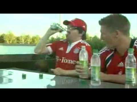 Wetttrinken mit Bastian Schweinsteiger►►Weltrekordversuch siehe rechts►►►