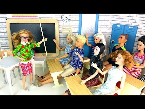 ДЕНЬ НАОБОРОТ Дети стали Учителями! Мультик #Барби Школа Куклы Игрушки для девочек