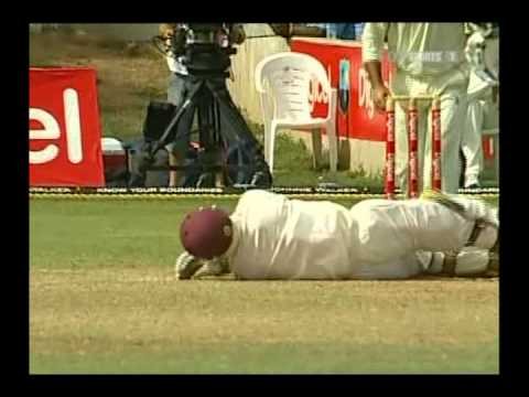 *Uncensored* Brett Lee nearly kills a batsman, in test cricket. Scary.