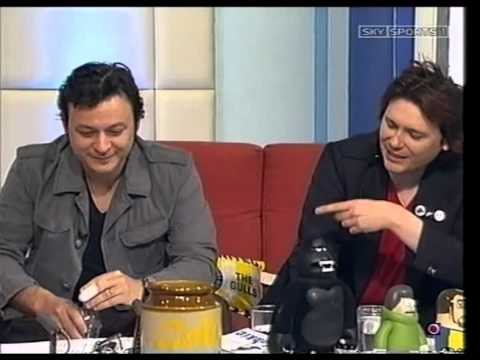 Manic Street Preachers - Soccer AM 2007
