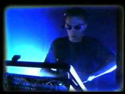 """Scan X """"Earthquake"""" (live 95)"""