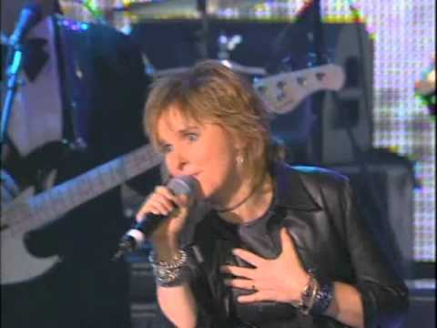"Melissa Etheridge Performs Dusty Springfield's ""Son of a Preacher Man"" at the 1999 Inductions"