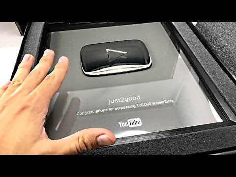 Silver Play Button unboxing!