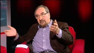پرگار: نفت و دموکراسی