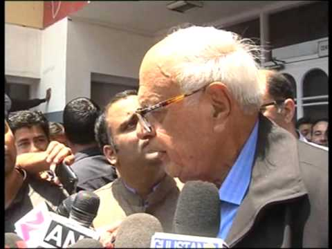 Farooq abdulla says on article 370 in srinagar