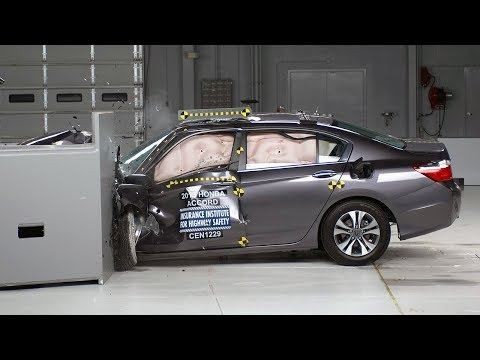2013 Honda Accord 4-door small overlap test